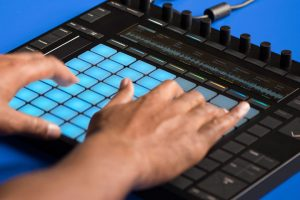 Clinic Ableton Live 9.7.2 y Push: técnicas para preparar tu directo en FutureMusic media[LAB]