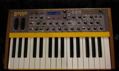 dave-smith-mopho-keyboard-400-100