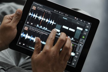 Native Instruments Traktor DJ App