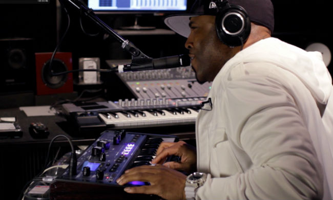 "Teddy Riley & MiniNova: Teddy's Jam de Guy ""vocodizado"""